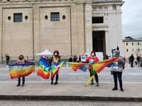 Catena umana per la pace da Perugia ad Assisi