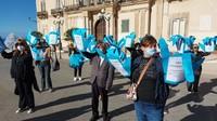Ambiente: a Taranto flash mob davanti Comune, 'Città CoWind'