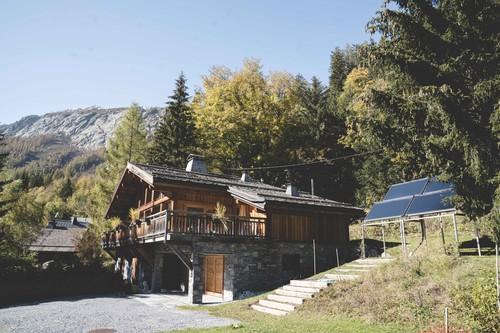 I sistemi meteorologici mutano rapidamente in montagna; la comunità di Chamonix potrà essere abbastanza veloce per fare la sua parte nel controllo del clima? L'energia solare è una soluzione praticabile nella valle