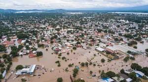 Il nord dell'Honduras sommerso dall'acqua (foto pimienta informa)