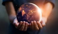 La comune e futura umanità