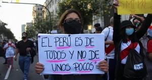 Perù: i golpisti non si arrendono e invocano i militari contro Pedro Castillo