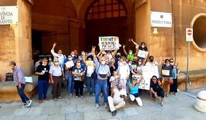 Cittadinanza attiva: manifestazione davanti alla Prefettura di Taranto per il fermo della batteria 12 della cokeria.