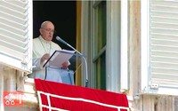 """Il Papa: """"Digiuno e preghiera, questo è il momento di farlo"""""""