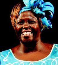 La keniana Wangari Maathai, nobel per la pace