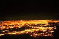 Quelle luci di notte sparate ci rubano anche l'anima