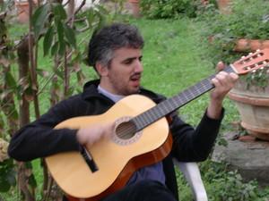 Francesco Iannuzzelli, anche lui peacelinker chitarrista