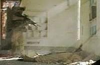Il soldato Usa che spara al prigioniero iracheno