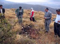 La scoperta della fossa comune nei dintorni di Diyarbakir