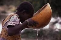 State con l'acqua o con i ladri d'acqua?