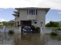 Area residenziale sommersa dalle acque a Georgetown, Guyana