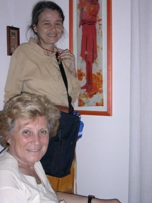 """Chiara Castellani è sullo sfondo. Mariapia Bonanate è in primo piano: """"Ho scoperto Chiara Castellani nel 1990, leggendo le sue 'Lettere di un medico dal fronte' inviate dal Nicaragua (1983-1990) e poi"""