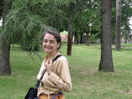 """Chiara Castellani: """"Io ho potuto, con un pizzico di fanatismo, radicalizzare la mia scelta di povertà. Loro la povertà non l'hanno scelta: sono nati poveri""""."""