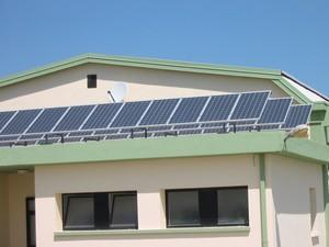 Foto impianto pannelli fotovoltaici della Cooperativa Coldiretti di San Ferdinando di Puglia.