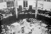 12 dicembre 1969: alle 16,30 un ordigno esplode all'interno della Banca Nazionale dell'Agricoltura in piazza Fontana a Milano provocando 16 morti e 84 feriti