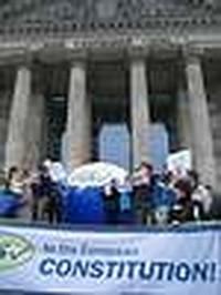 Prodi: la nostra Europa ha un forte bisogno di una nuova Costituzione