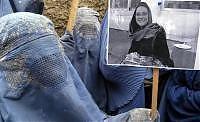 Manifestazione di donne afghane per Clementina Cantoni