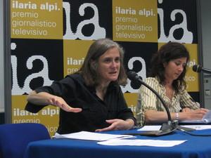 """Amy Goodman, conduttrice di """"Democracy Now!"""" (www.democracynow.org), programma radiofonico e televisivo statunitense di informazione alternativa."""