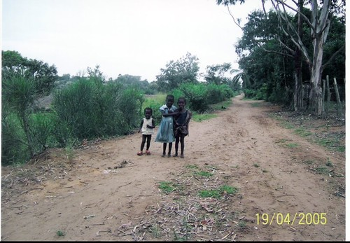 Strada tipica di Kenge
