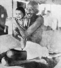 Gandhi e bambino