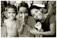 bambini di un quartiere povero di Caracas