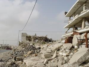 Ramallah: il compound di Arafat distrutto dall'esercito israeliano