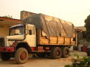 Il 2° Camion con parte dei materiali del Container in partenza per Kimbau