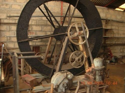 L'invenzione di Padre Antonio a Zongo - Pompa per sollevare l'acqua con una ruota da mulino ad acqua