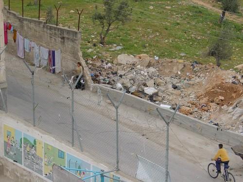 Betlemme: campo profughi di Aida, la strada dei cecchini