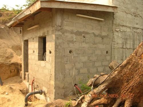 Locale sala pompe per l'invio dell'acqua all'Ospedale di Chiara