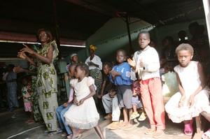 Messa a Kenge: danze e canti su ritmi africani