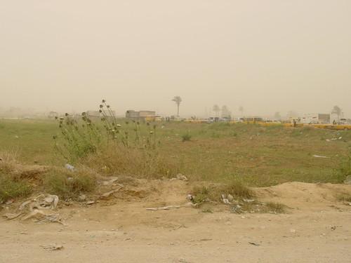 Striscia di Gaza: coda al check point di Abu Oli