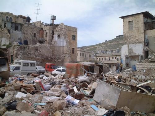 Nablus: i resti di una fabbrica di sapone, bombardata dagli F16, dove sono morte 14 persone