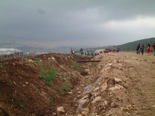 Tul Karm: il muro in costruzione