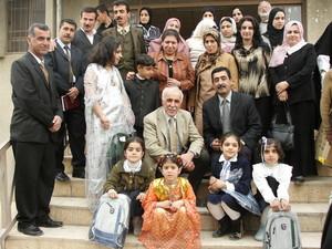 """Halabja: Foto di gruppo davanti alla scuola """"Marzabotto"""""""
