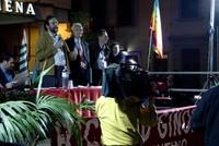 Sul palco i rappresentanti sindacali e un docente dell'Istituto d'Arte