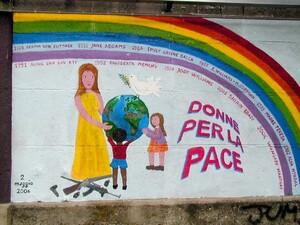 """Il murale del 2006 """"donne di pace"""". In allegato una versione ad alta risoluzione."""