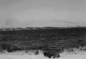 """Il fenomeno della """"fumigazione"""": in particolari condizioni meteo, e in particolare sottocosta, anche gas più leggeri dell'aria ricadono verso il basso e di dispongono parallelamente al mare. Immaginate cosa potrebbe accadere se il rilascio di gas metano r"""