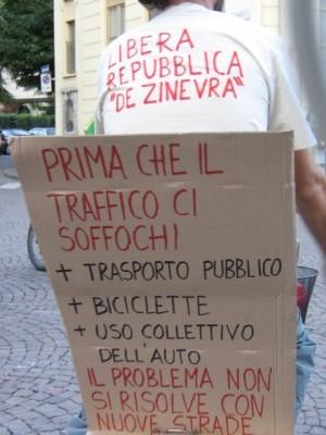 cartello 'prima di soffocare'