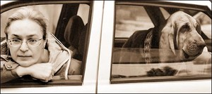 Ann apolitskovkaja e il suo cane Van Gogh