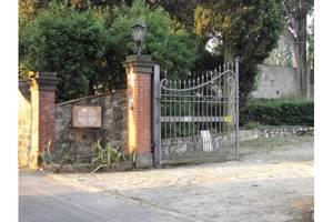 L'ingresso alla Casa della Pace