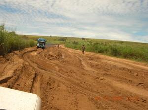 Strada per Kimbau nella stagione secca