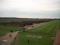 il lato destro di Birkenau visto dalla torretta