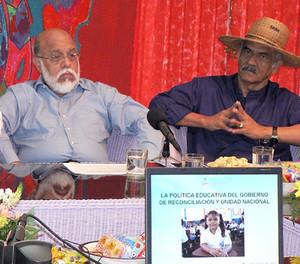 Il ministro De Castilla e Orlando Pineda