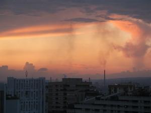 Foto dell'ILVA di Taranto scattata il 7 maggio 2007 al tramonto