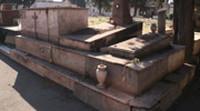 Polveri sul cimitero inchiesta sull'Ilva