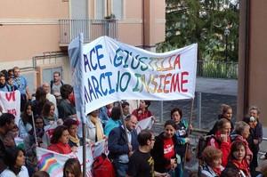 Foto della Marcia Perugia-Assisi 2007 - striscione pace e giustizia