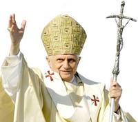 Papa: appello contro traffico d'armi e debito estero